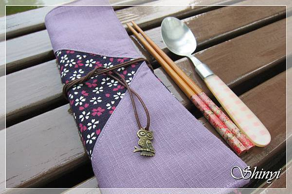 wedding_1000903_三摺式vs拉鏈式筷袋-二色小櫻花[箸袋]4.jpg