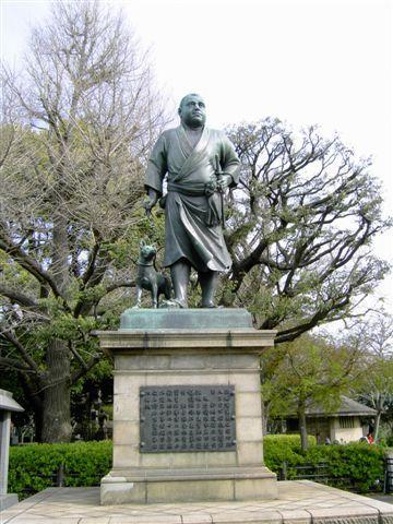 早上八點半見到西鄉隆盛像,開始在上野公園內當觀光大爺