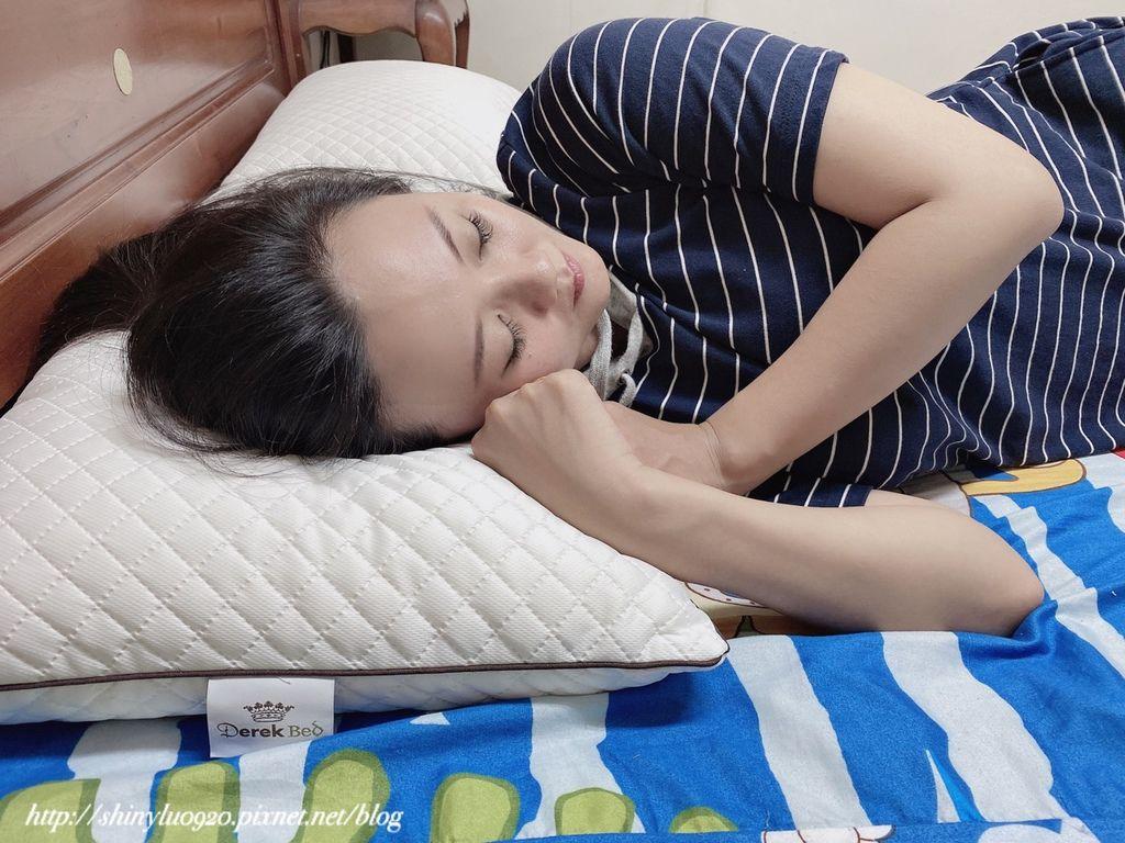 德瑞克棉柔雲端枕16.jpg