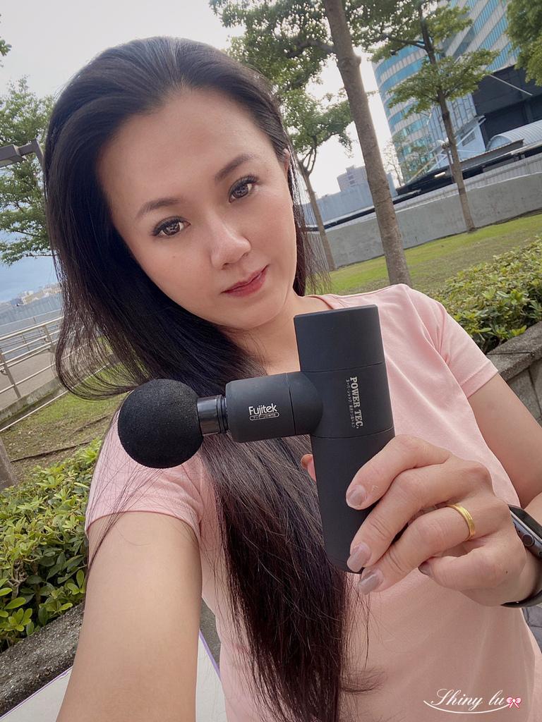 富士電通-極速輕量USB充電筋膜槍33.jpg