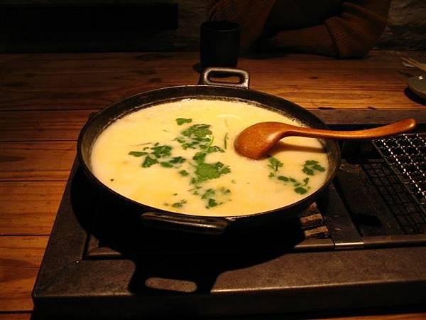 羊奶鍋(奶到好想吐)