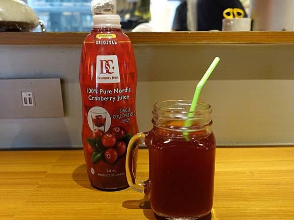 【宅配︱團購︱飲品】DSC浚泰頂級冷壓蔓越莓原汁-第一道初榨,100%蔓越莓原汁,加拿大進口