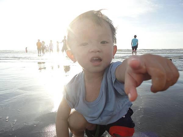 小豬頭之新月沙灘初體驗