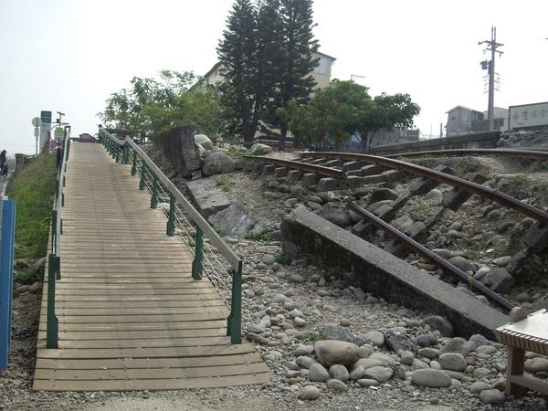 石岡壞鐵軌