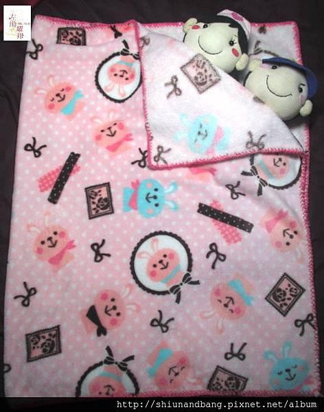 粉紅兔冬毯遊戲毯7