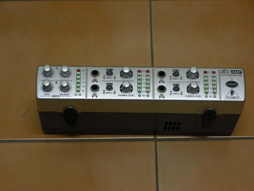 AMP800 耳機放大器