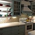 夢幻廚房。好多LC鍋。