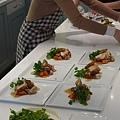 法式傳統烤雞佐蔬菜雞汁,香煎馬鈴薯塊
