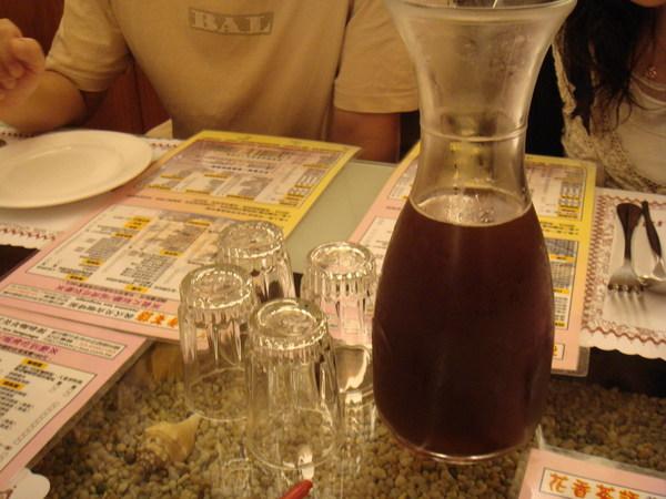 無限續杯的紅茶
