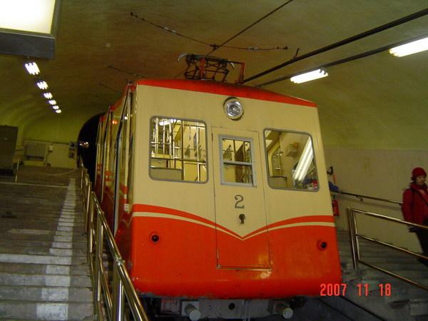 地下纜車2