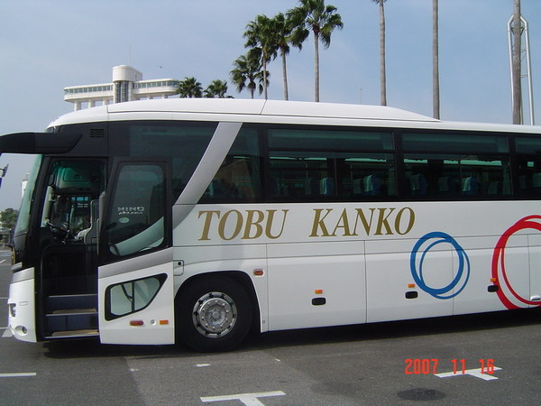 旅程的遊覽車(49人座車)