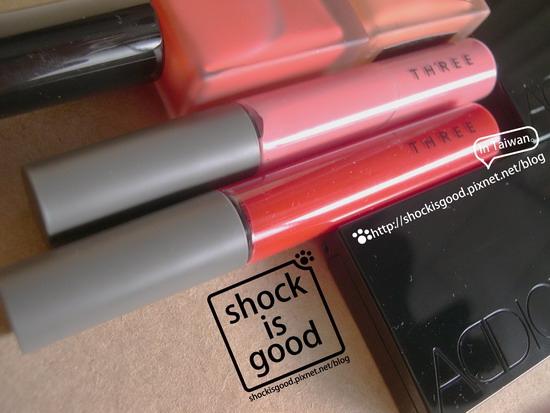 THREE 魅光唇蜜 グラムタッチ リップグロス Glam Touch Lip Gloss