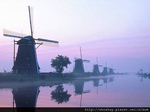 Sunset,%20Kinderdijk,%20Holland[1].jpg