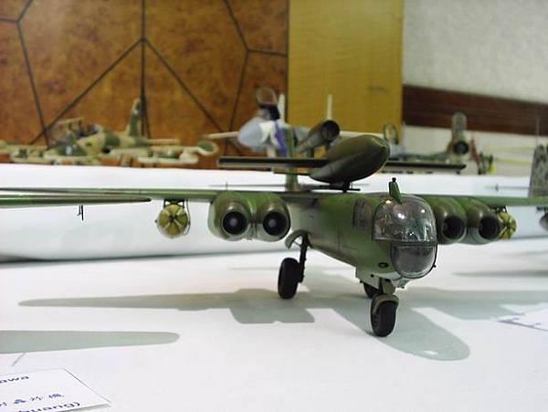 這種充滿未來感的飛機出現在二戰絕對是德軍的