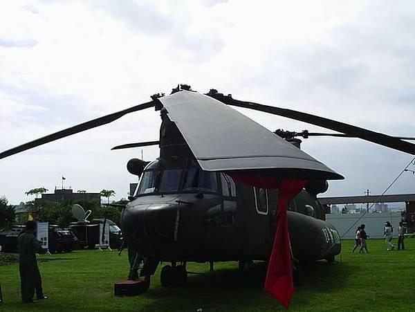 運輸直升機CH-47