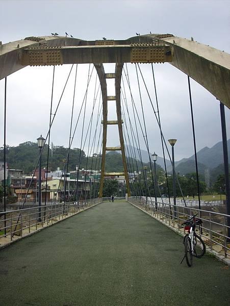 行人通行的鐵橋
