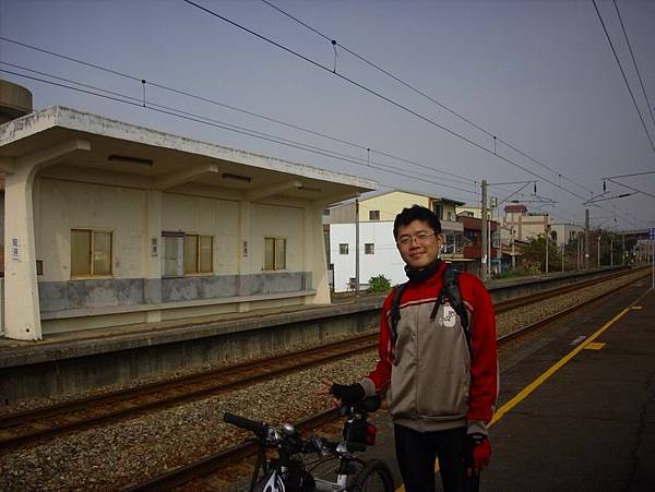 重遊龍港站