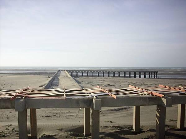 海、沙灘、一望無際,重點是人煙稀少