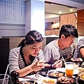 來石頭燒肉卻一直吃日本料理的晃震...