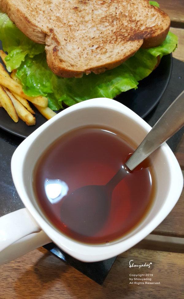 薑可治薑紅茶色澤清澈-薑紅茶推薦
