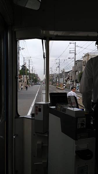 日本藥妝比價網_大阪路面電車_8.jpg