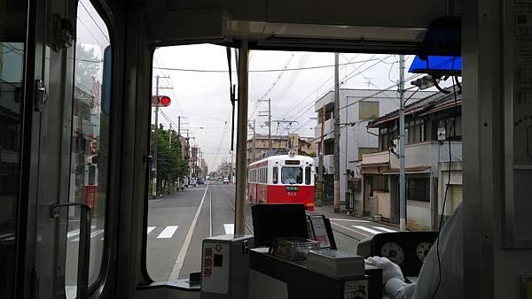 日本藥妝比價網_大阪路面電車_11.jpg