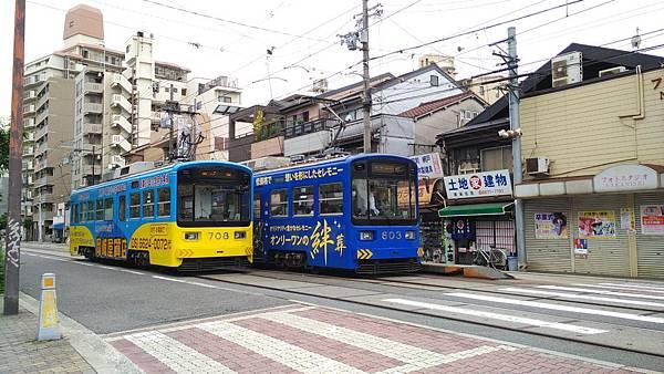 日本藥妝比價網_大阪路面電車_15.jpg