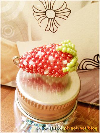 剖半草莓-002