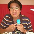 有沒有這麼開心阿! 我喜歡藍色的! 但是某人卻跟我說綠色比較好看