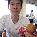 KFC的漢堡超超超小