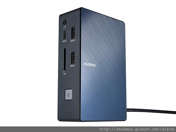 使用者可選配ASUS SimPro Dock擴充基座,坐享桌電等級的進階擴充效能