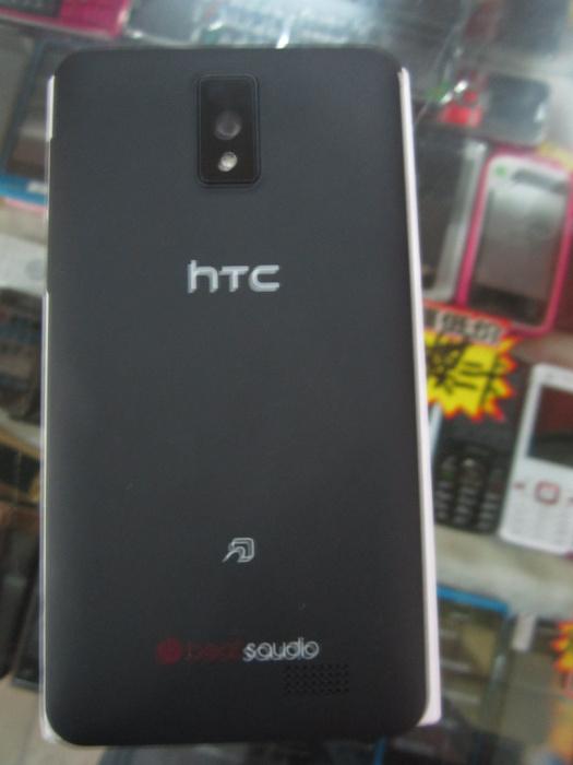 HTC Z560E 雙模  2