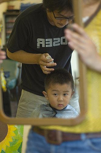 我在看剪髮.jpg