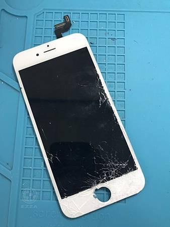 IPHONE 6S面板破裂