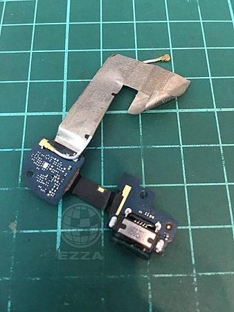 HTC 蝴蝶2充電沒反應