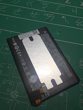 M8更電池