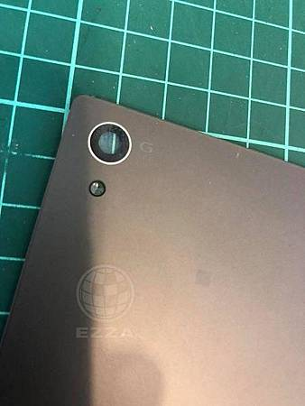 Z5鏡頭玻璃磨損