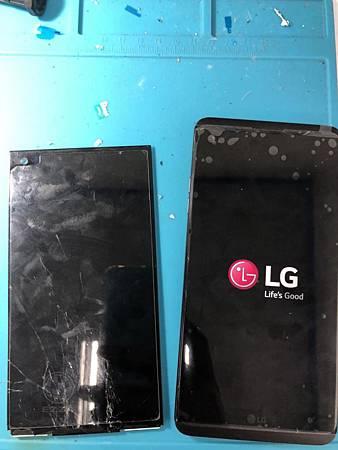 LG V20面板慘摔