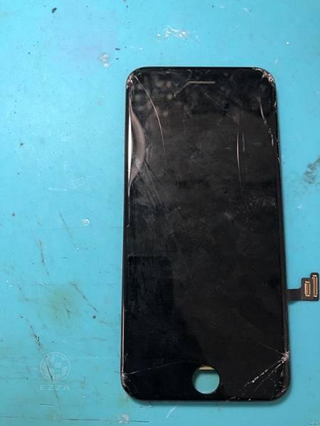 IPHONE7面板摔破惹