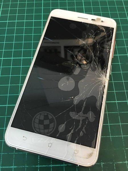 ASUS ZF3面板破裂