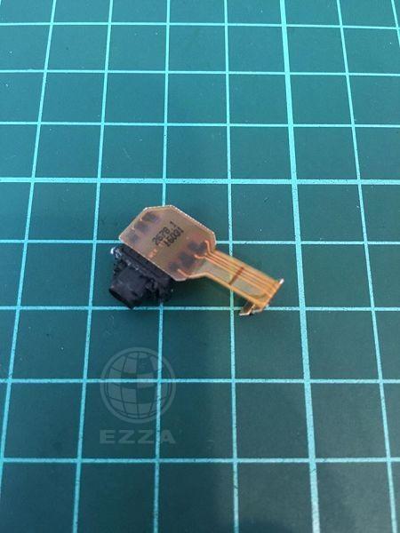 Sony Z5P耳機孔怪怪的