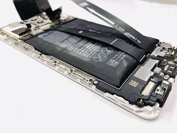 華為MATE9電池膨脹