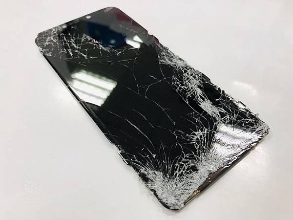 華為 3I面板碎裂