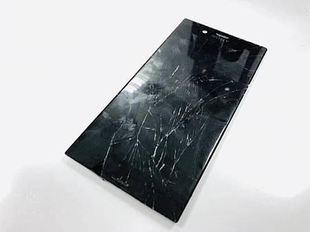 SONY XZS面板破裂