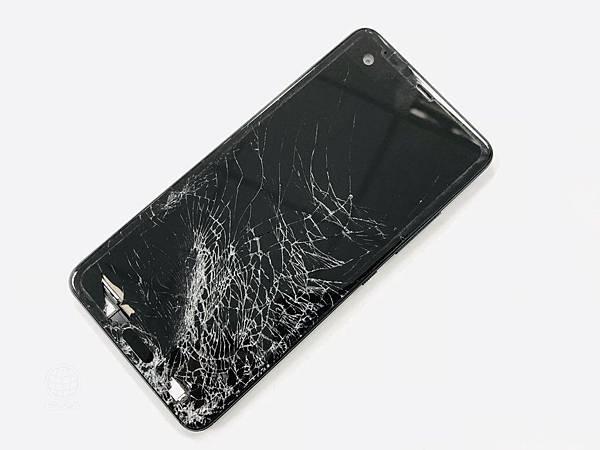 HTC U Ultra面板損壞.jpg