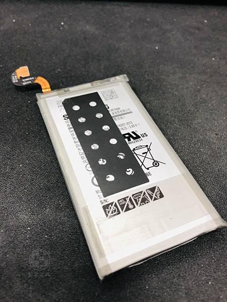 三星S8+電池老化.jpg