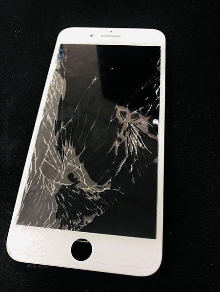 IPHONE7+面板破裂.jpg