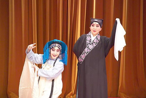 藏舟20041212藝術館-2(彭聲揚攝)
