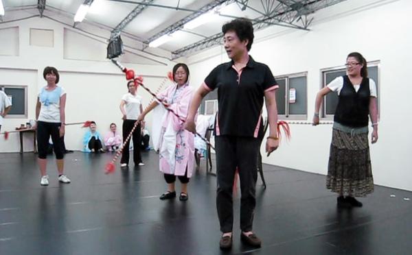 大王老師練女兵