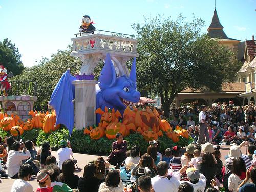 Disney萬聖月尖叫大遊行-唐老鴨!